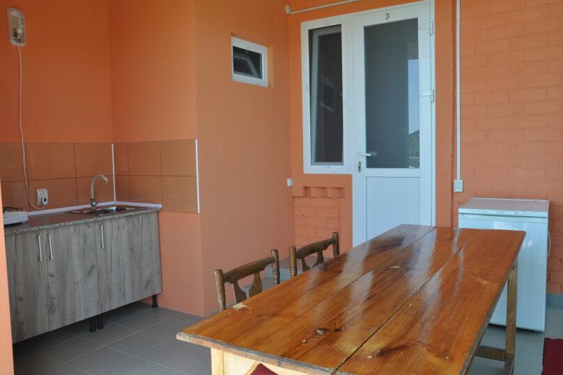 Коттедж на 5 человек , 100 кв.м. на 5 человек, 5 спален, ул.Озен-Бою, п-3,д-1, Судак - Фотография 6