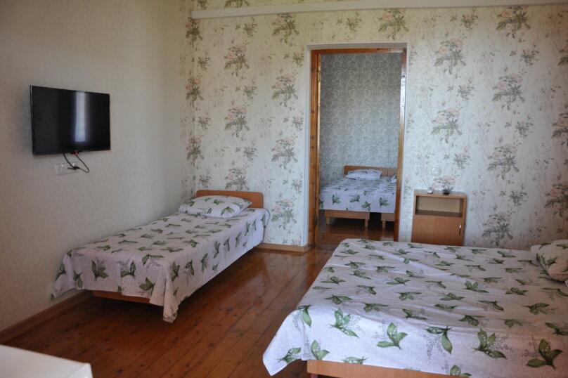 Коттедж на 5 человек , 100 кв.м. на 5 человек, 5 спален, ул.Озен-Бою, п-3,д-1, Судак - Фотография 7