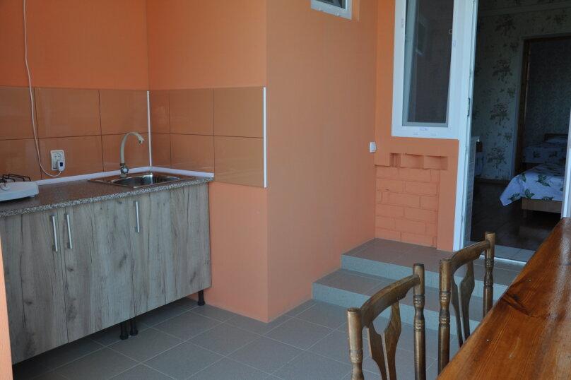 Коттедж на 5 человек , 100 кв.м. на 5 человек, 5 спален, ул.Озен-Бою, п-3,д-1, Судак - Фотография 8
