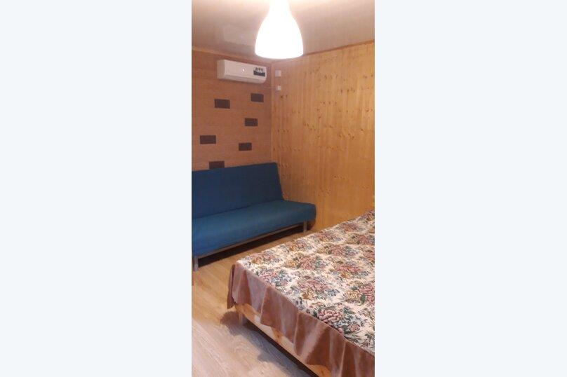 """Гостевой дом """"На Калинина 223"""", улица Калинина, 223 на 5 комнат - Фотография 4"""
