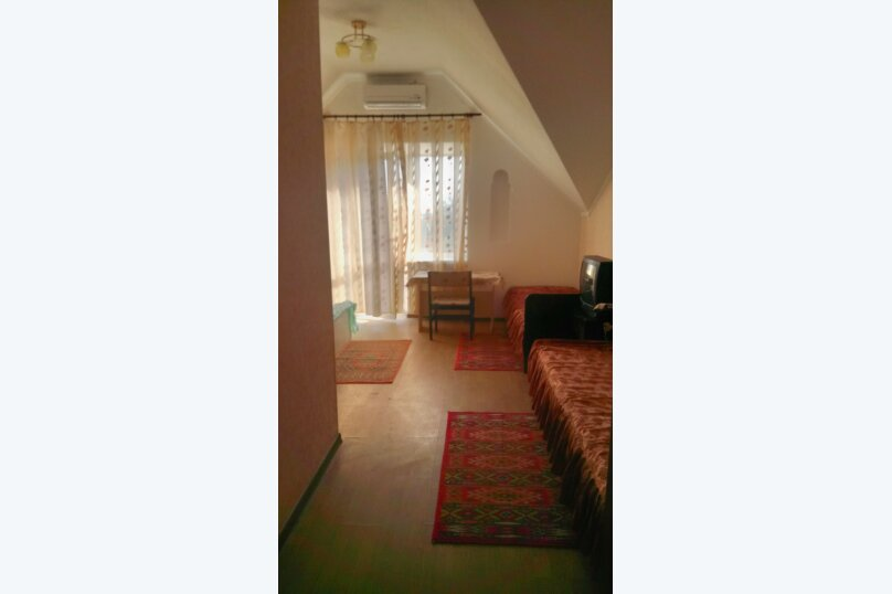 """Гостевой дом """"На Алуштинской 4"""", Алуштинская, 4 на 8 комнат - Фотография 36"""