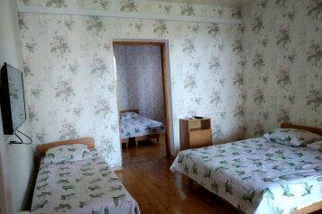 Коттедж на 5 человек, 100 кв.м. на 5 человек, 5 спален, ул.Озен-Бою, п-3,д-1, Судак - Фотография 2