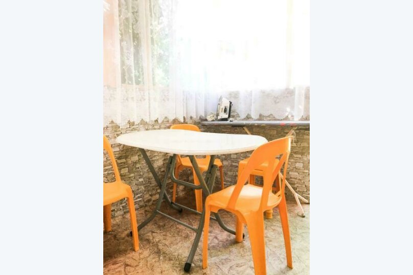 Гостевой дом Тенистый дворик, улица Самбурова, 84/2 на 5 комнат - Фотография 6