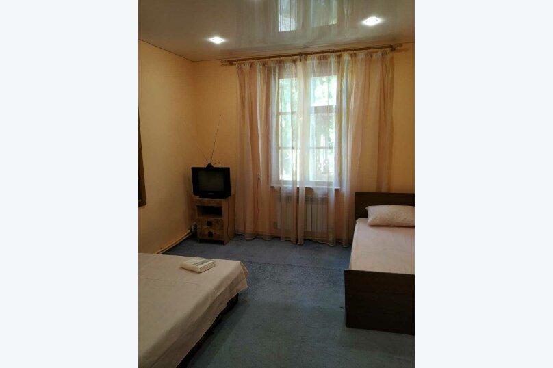 Частный дом в 200 м от моря, 88 кв.м. на 10 человек, 3 спальни, пер.Комсомольский, 1, Алушта - Фотография 4