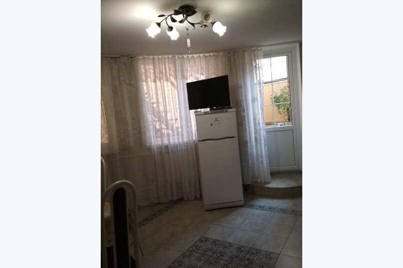 Отдельная комната, Первомайская улица, 53, Геленджик - Фотография 2