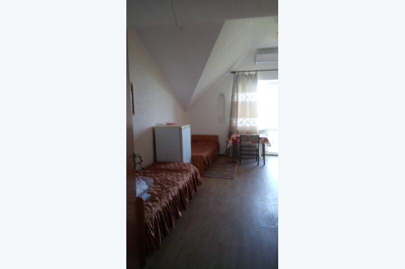 """Гостевой дом """"На Алуштинской 4"""", Алуштинская, 4 на 8 комнат - Фотография 40"""