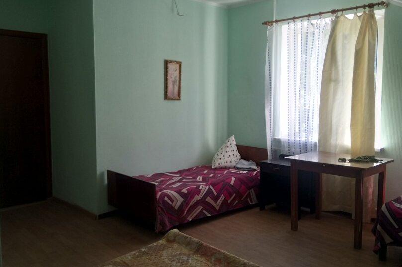 """Гостевой дом """"На Алуштинской 4"""", Алуштинская, 4 на 8 комнат - Фотография 22"""