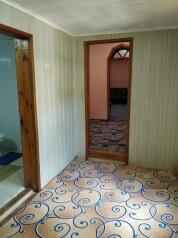 Частный дом в 200 м от моря, 88 кв.м. на 10 человек, 3 спальни, пер.Комсомольский, 1, Алушта - Фотография 2