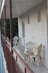 Гостевой дом, Черноморская улица, 23 на 9 номеров - Фотография 1