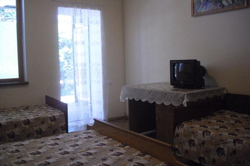 Комната на 4-х человек (№5), Магистральная, 33, Береговое, Севастополь - Фотография 1