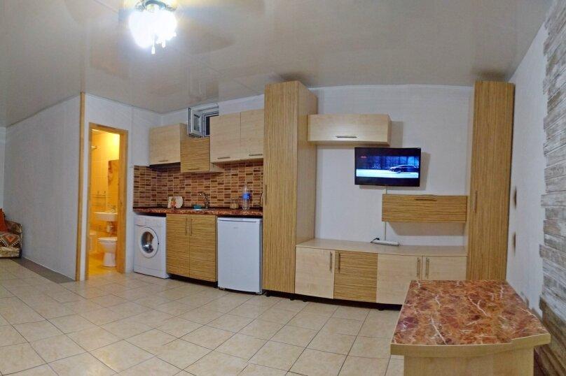 Дом 3, 60 кв.м. на 6 человек, 1 спальня, Ручьевая улица, 5, Севастополь - Фотография 1