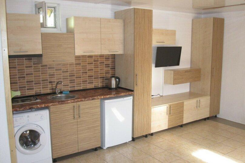 Дом 3, 60 кв.м. на 6 человек, 1 спальня, Ручьевая улица, 5, Севастополь - Фотография 2