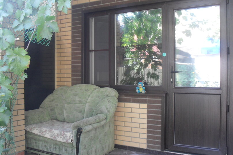 Домик для отдыха, 30 кв.м. на 4 человека, 1 спальня, улица Энгельса, 102, Ейск - Фотография 1