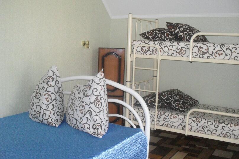 Домик для отдыха, 30 кв.м. на 4 человека, 1 спальня, улица Энгельса, 102, Ейск - Фотография 9
