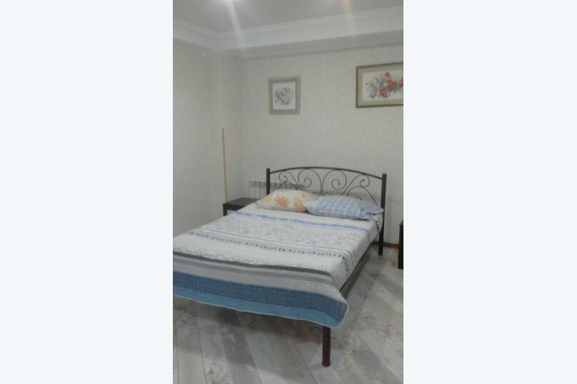 Отдельная комната, Прибрежная, 17, Ялта - Фотография 1