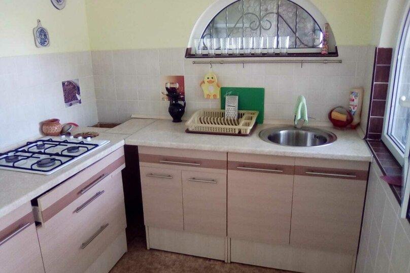 Дом на 6 человек, вишневая, 124, Евпатория - Фотография 2
