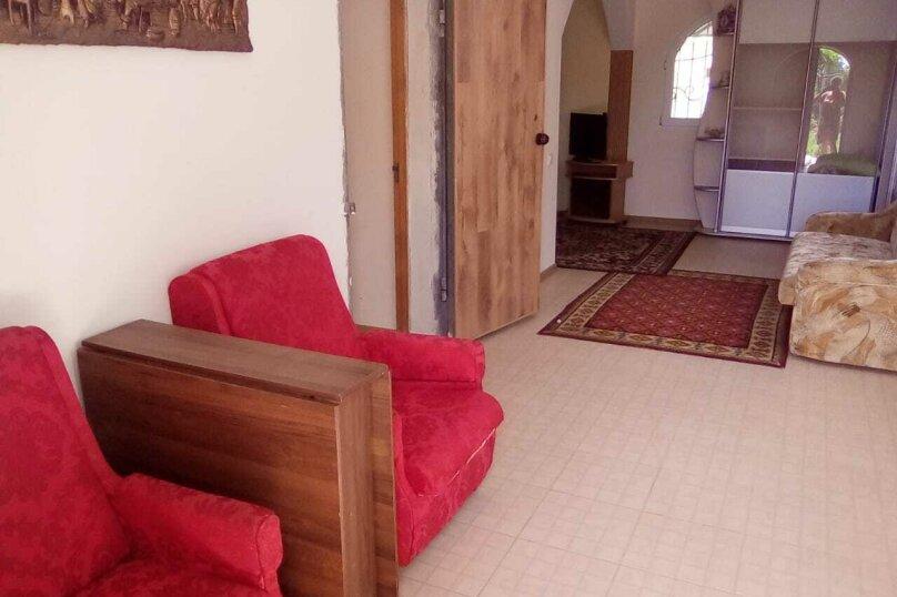 Дом на 6 человек, вишневая, 124, Евпатория - Фотография 3