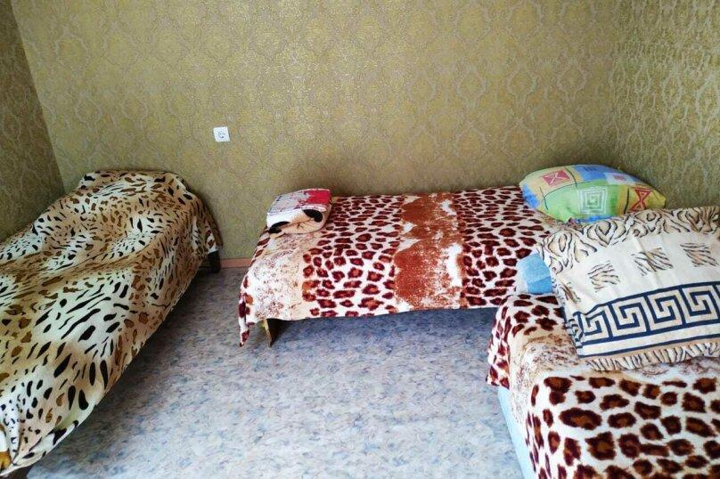 """Гостиница """"На Калинина 214"""", улица Калинина, 214 на 3 номера - Фотография 37"""