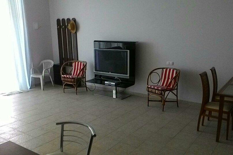 2-комн. квартира, 80 кв.м. на 6 человек, улица Мориса Тореза, 5, Ялта - Фотография 7