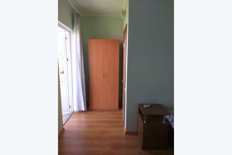 """Гостевой дом """"На Лучистой 11"""", Лучистая, 11 на 3 комнаты - Фотография 3"""