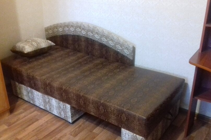 1-комн. квартира, 32 кв.м. на 3 человека, улица Комсомольский Спуск, 6, Таганрог - Фотография 5