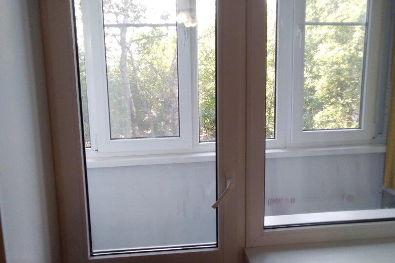 1-комн. квартира, 32 кв.м. на 3 человека, улица Комсомольский Спуск, 6, Таганрог - Фотография 6