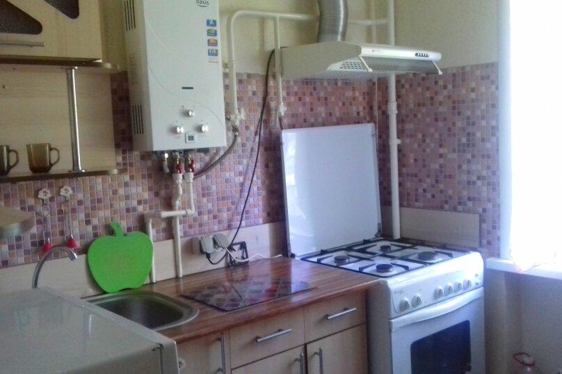 1-комн. квартира, 32 кв.м. на 3 человека, улица Комсомольский Спуск, 6, Таганрог - Фотография 12