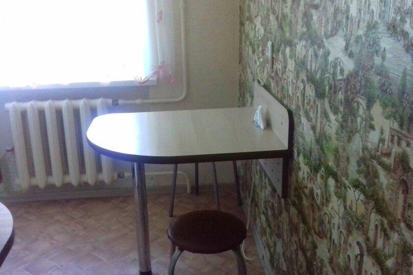 1-комн. квартира, 32 кв.м. на 3 человека, улица Комсомольский Спуск, 6, Таганрог - Фотография 13