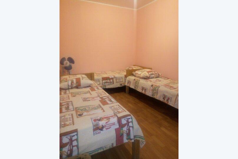 Комната на первом этаже на 3 человека, Садовая улица, 38-А, село Андреевка - Фотография 1