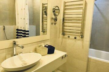 3-комн. квартира, 96 кв.м. на 6 человек, улица Красных Партизан, 14Б, Ялта - Фотография 2