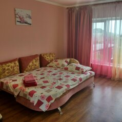 Дом, 160 кв.м. на 8 человек, 3 спальни, Садовая, 570, Щелкино - Фотография 1