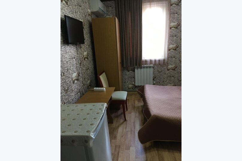 """Гостевой дом """"Лидия"""", улица Просвещения, 162 б на 24 комнаты - Фотография 27"""