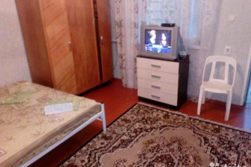 Домик, 26 кв.м. на 8 человек, 2 спальни, улица Кирова, 10, Ейск - Фотография 6