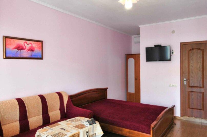 4х местный номер люкс, улица Антонова, 31, Коктебель - Фотография 1