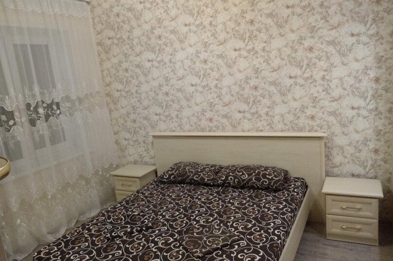 Дом с 2-мя спальнями, 80 кв.м. на 6 человек, 2 спальни, Художников, 4, Судак - Фотография 4