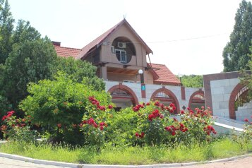 Дом, 150 кв.м. на 6 человек, 4 спальни, Варваровская щель, 1к5, село Сукко - Фотография 2