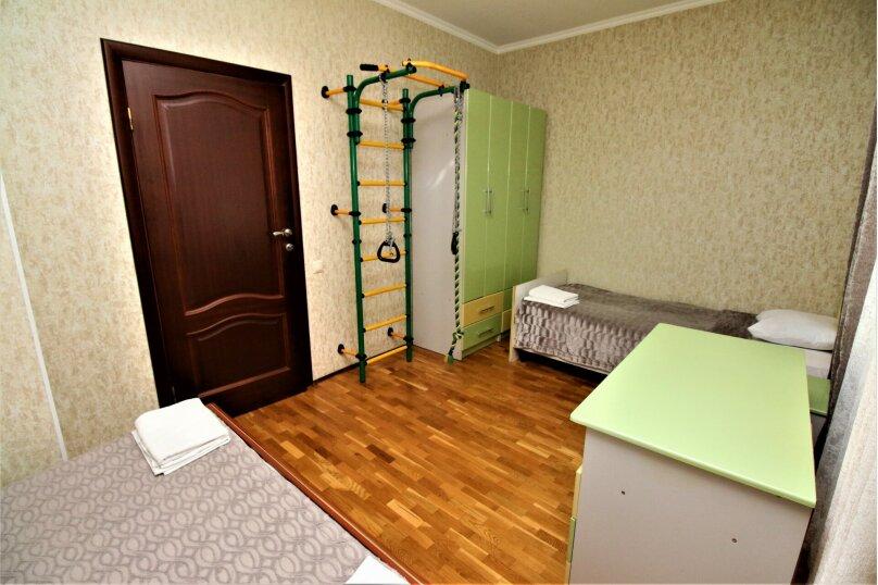Дом для отпуска в центре Адлера на 8 человек, до моря 7 минут, 120 кв.м. на 10 человек, 3 спальни, Куйбышева, 44, Адлер - Фотография 9