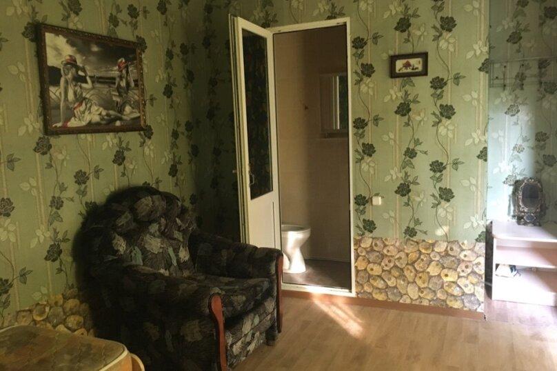 Номер 4х местный с кухней с 2 диванами односпальной кроватью раскладным креслом, Новая улица, 1А, Новомихайловский - Фотография 1