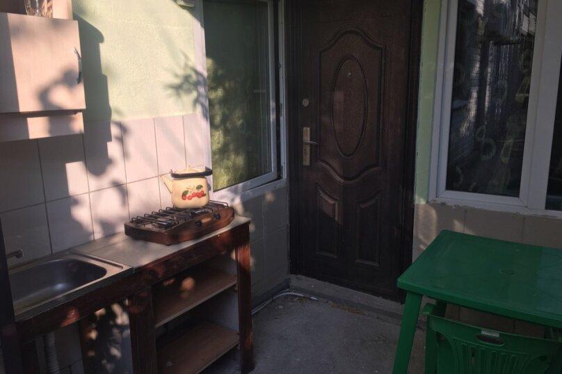 Номер 4х местный с кухней с 2 диванами односпальной кроватью раскладным креслом, Новая улица, 1А, Новомихайловский - Фотография 2