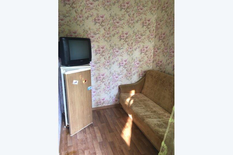 Номер 4х местный с кухней с 2 диванами односпальной кроватью раскладным креслом, Новая улица, 1А, Новомихайловский - Фотография 4