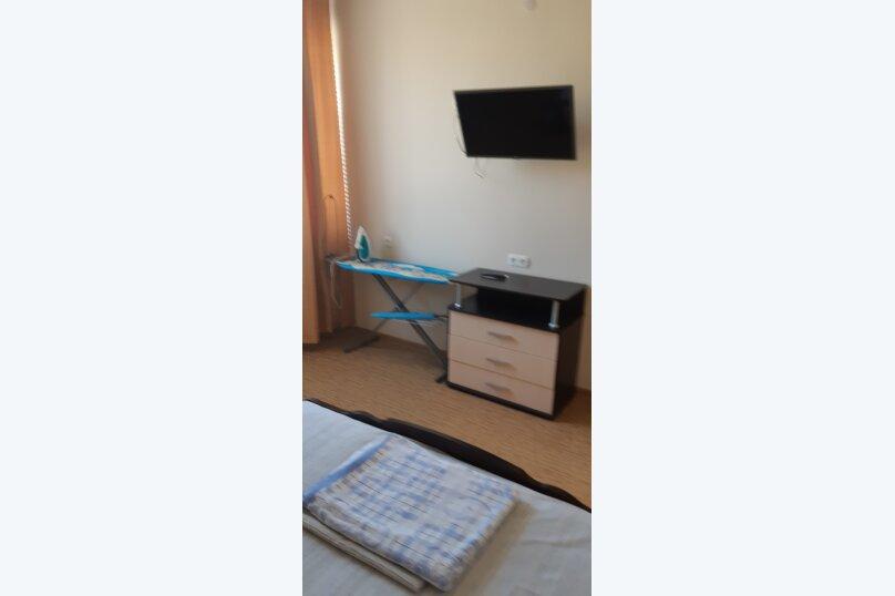 Частный дом 2x комнатный, 45 кв.м. на 4 человека, 2 спальни, Сурожская улица, 13, Судак - Фотография 25