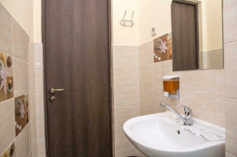 """Хостел """"ROOF HOTEL"""", Московская улица, 13 на 7 номеров - Фотография 11"""