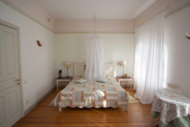 Четырехместный люкс двухкомнатный с видом на море, улица Ленина, 46, Алупка - Фотография 6