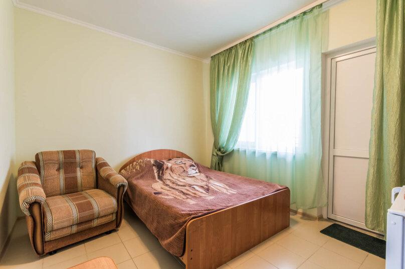 2х местная комната с одной большой кроватью, Высокая улица, 1, Архипо-Осиповка - Фотография 1