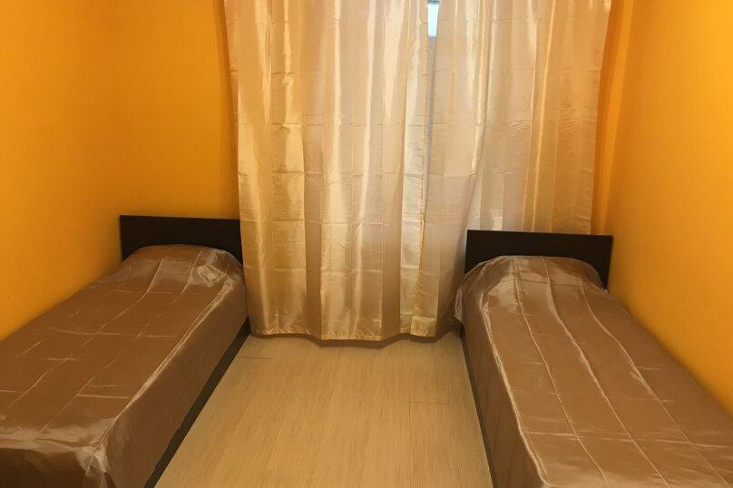 """Хостел """"Hostel Lux"""", улица Восстания, 53 Лит А на 6 номеров - Фотография 13"""