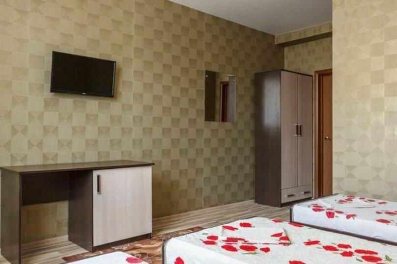 """Гостевой дом """"Три богатыря"""", Приморская улица, 11 на 30 комнат - Фотография 25"""