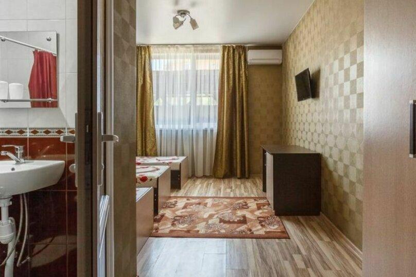 """Гостевой дом """"Три богатыря"""", Приморская улица, 11 на 30 комнат - Фотография 28"""