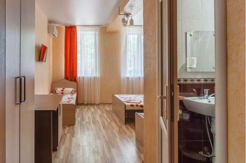 """Гостевой дом """"Три богатыря"""", Приморская улица, 11 на 30 комнат - Фотография 20"""