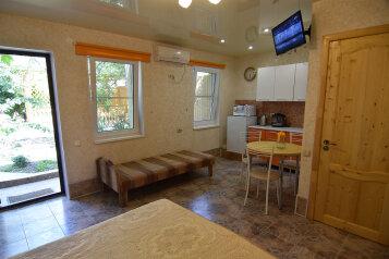 Летний домик, 22 кв.м. на 3 человека, 1 спальня, Малиновая, 13, Геленджик - Фотография 4