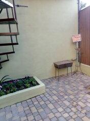 Коттедж, 66 кв.м. на 8 человек, 3 спальни, Краснофлотский переулок, 3, Алушта - Фотография 2